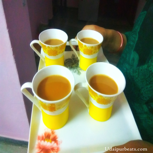 tea served in tray