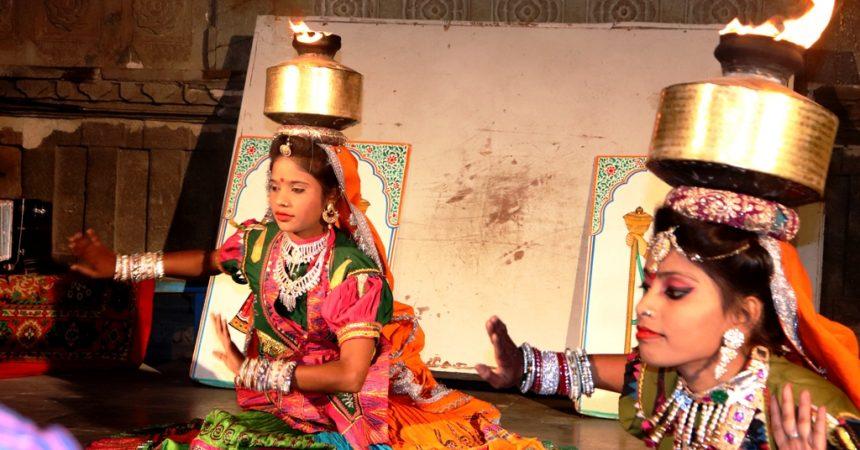 Chari Dance Bagore ki haveli