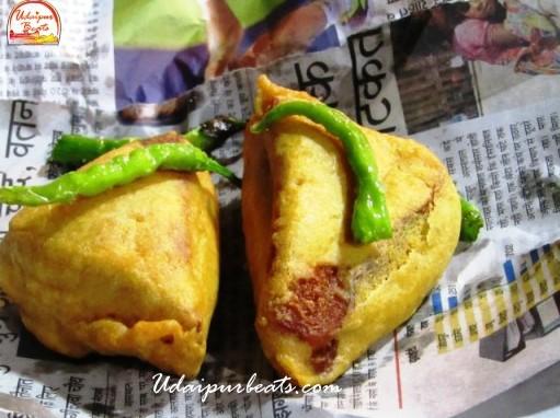 bread pakoda fatehsagar