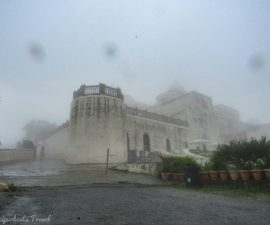 sajjangarh/Monsoon Palace