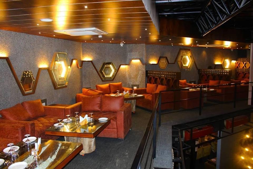 best restaurant & Lounge in Udaipur