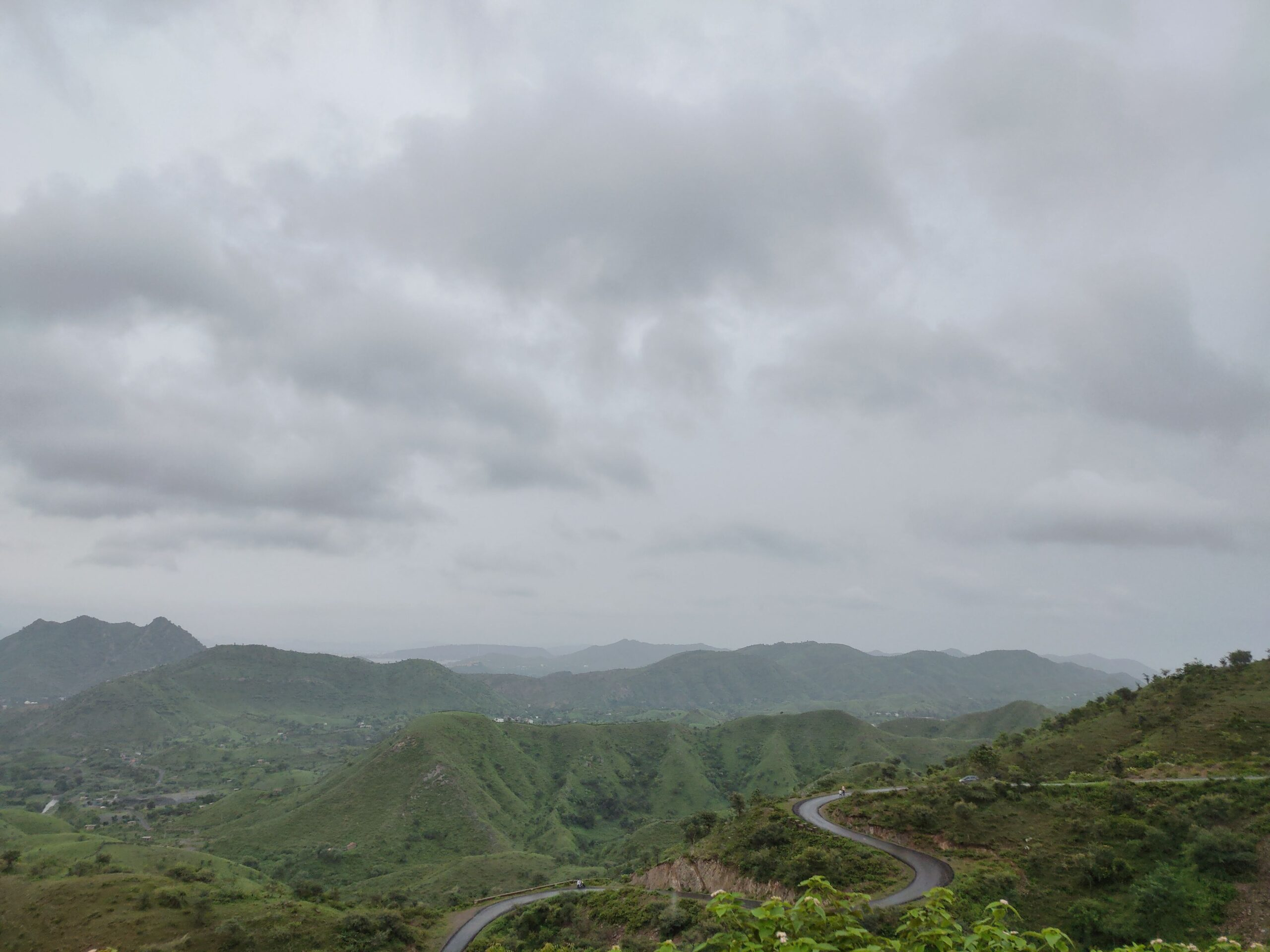 rayta hills
